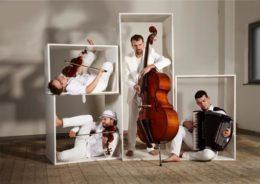uwaga_quartett-ebbert-ebbert-fotografie-weisse-regale